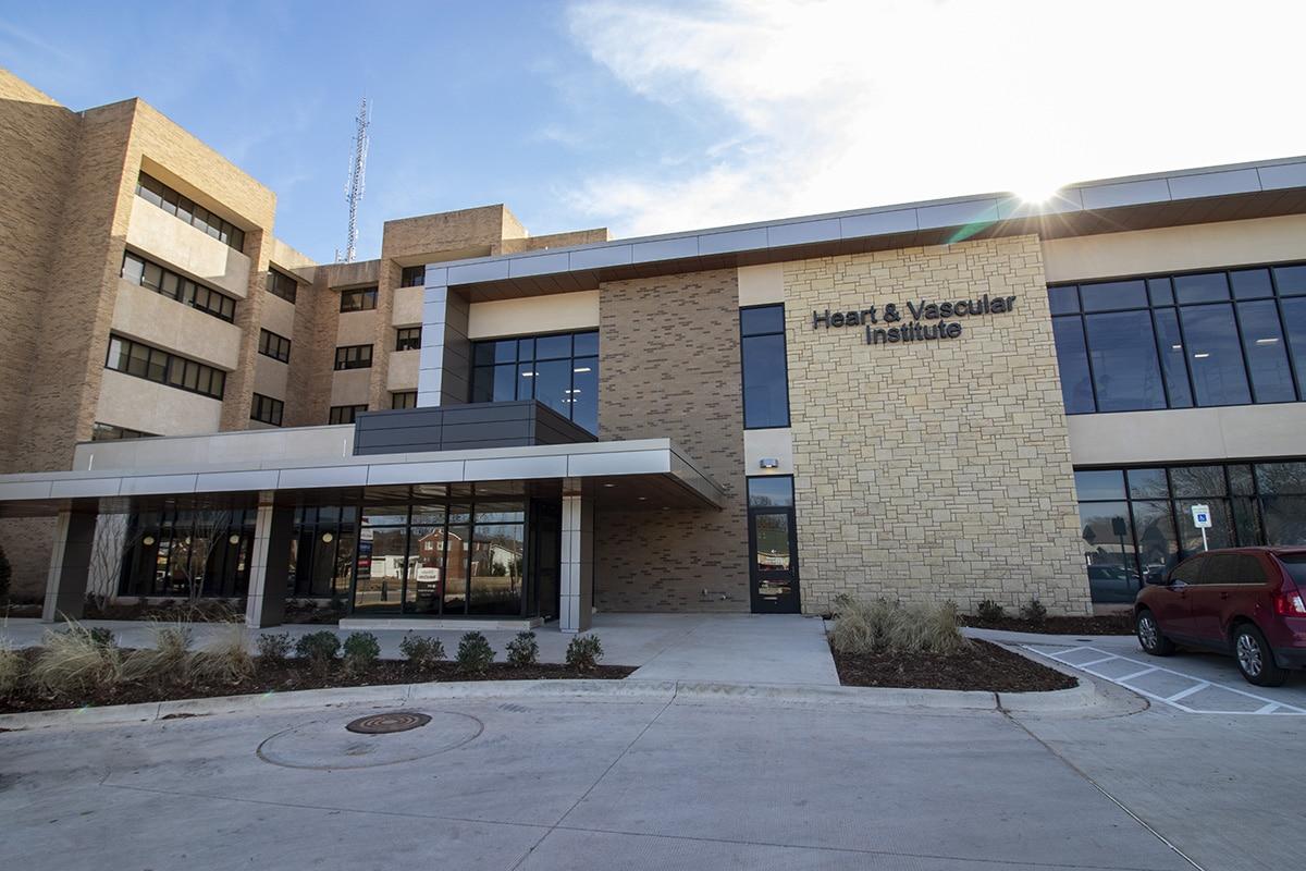 Heart & Vascular Institute Front Entrance